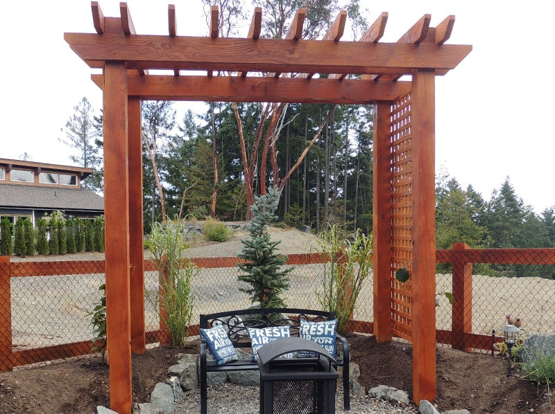 deck and fence construction salt spring island