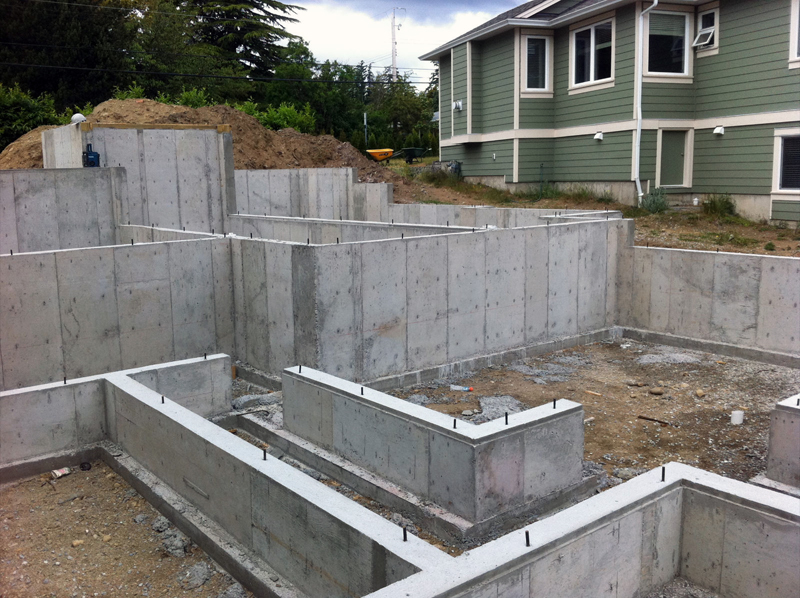 foundation landscaping fencing nanaimo malahat mill bay chemainus cowichan