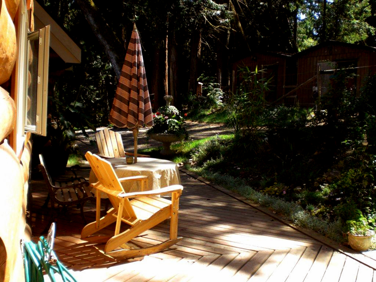 wooden patio and landscaping victoria cowichan valley gulf islands